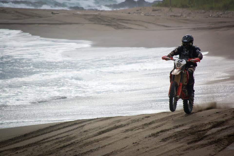 Beach enduro tour dirt bike
