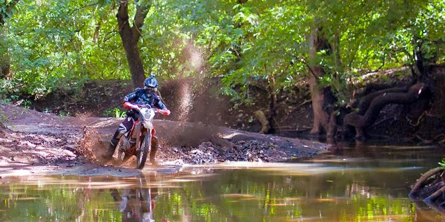 Jungle dirt bike tour